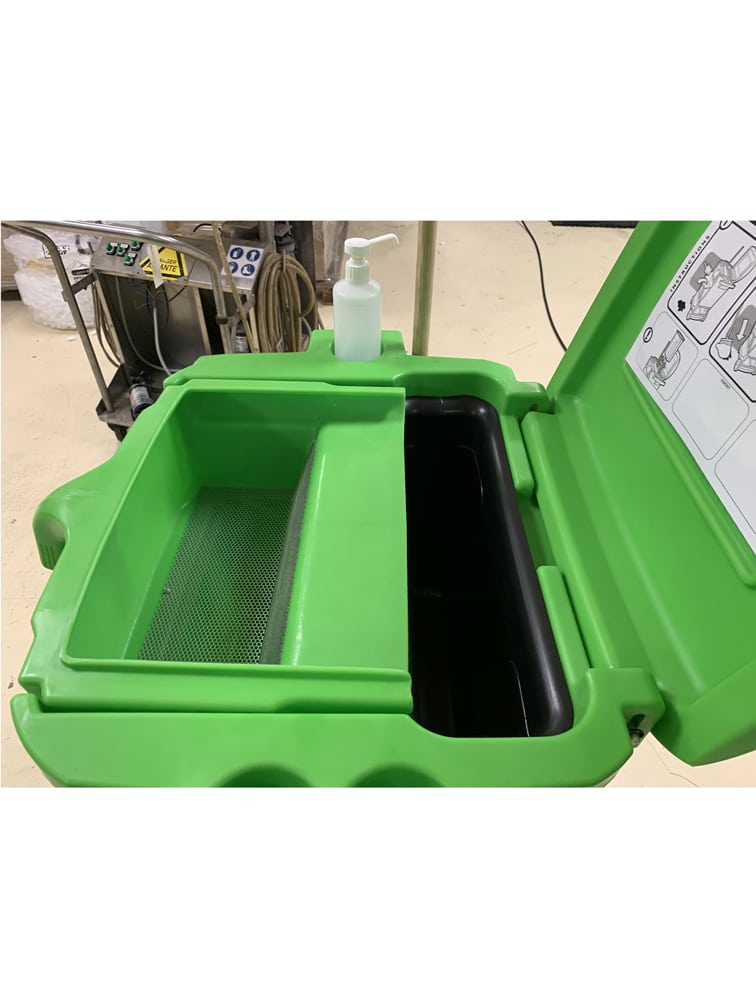 Distributeur recycleur d'absorbant